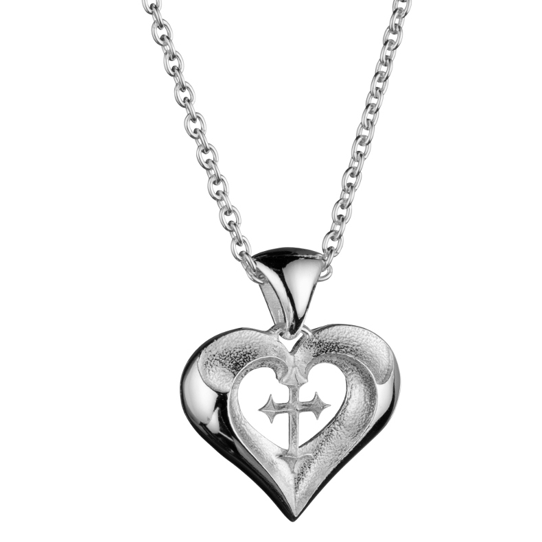 Lumoava Snow white heart pendant