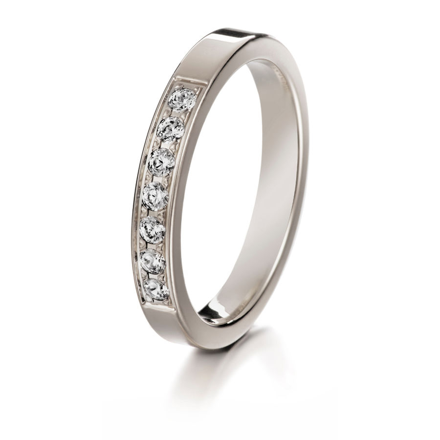 Lumoava Delight diamond ring (white gold)